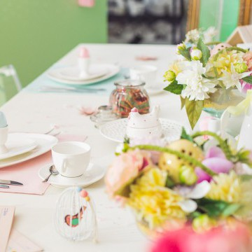 Easter table, spring