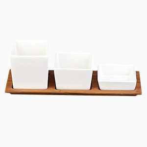 Porcelain Bowls with Bamboo Tablet