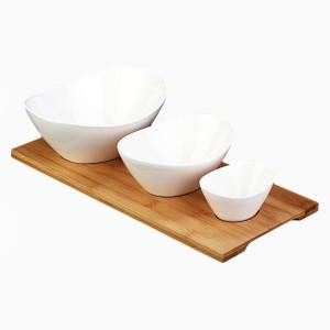 Porzellanschalen oval mit Bambustablett